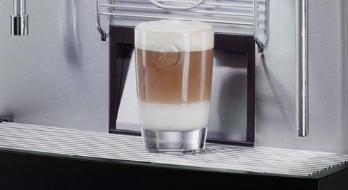 Melitta® bar-cube - Automatische Milchaufschäumung